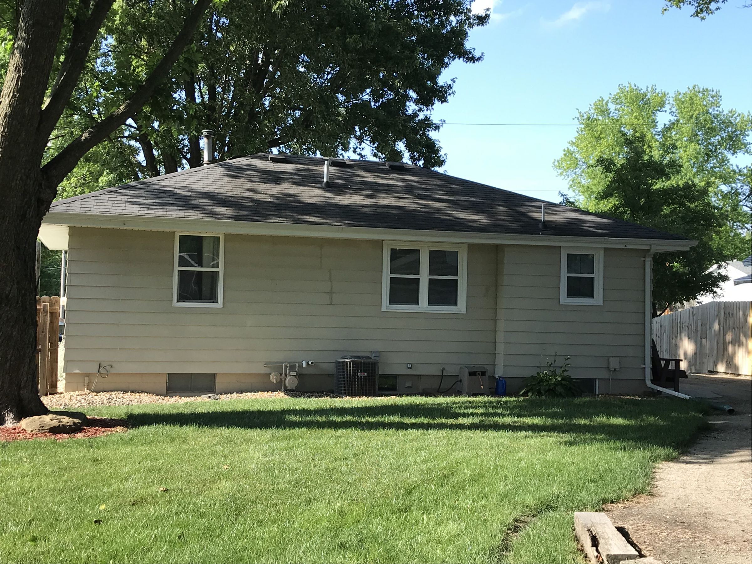 14564-811-w-1st-ave-indianola-50125-3-2019-06-21-002719.JPG