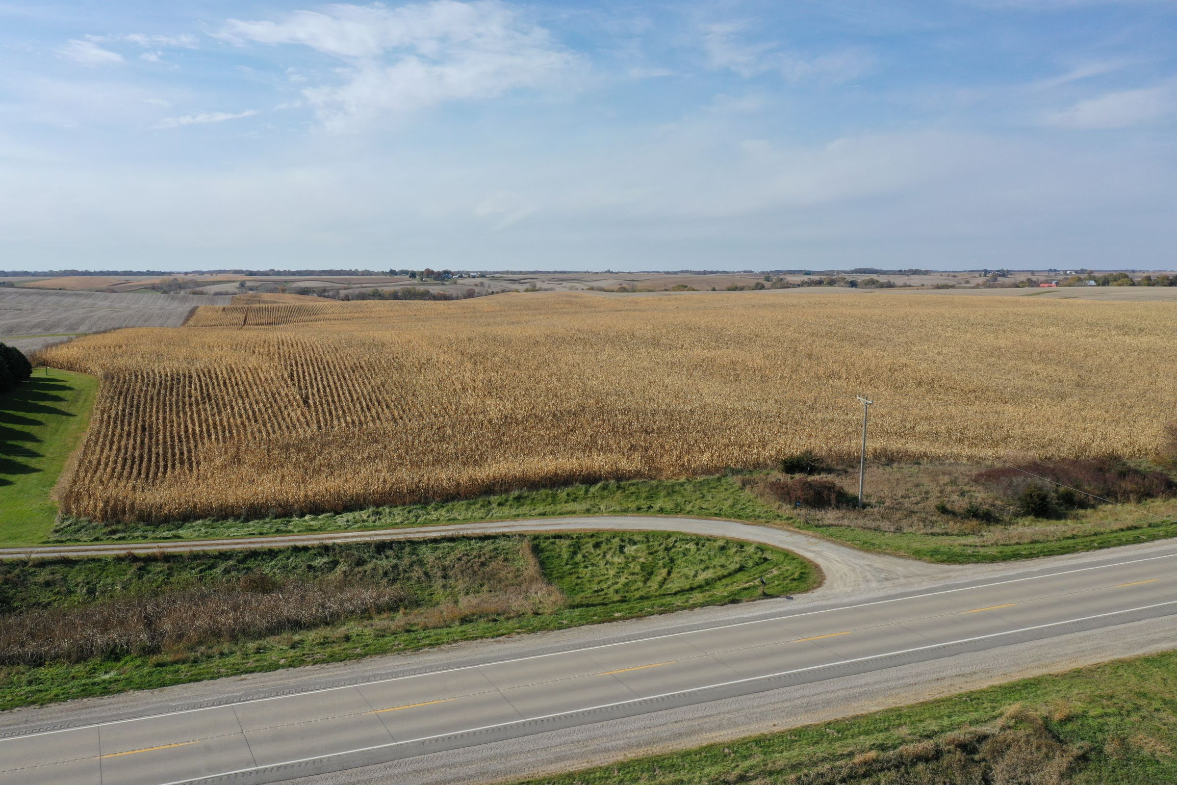 14747-iowa-highway-14-newton-50208-5-2019-10-28-212659.JPG