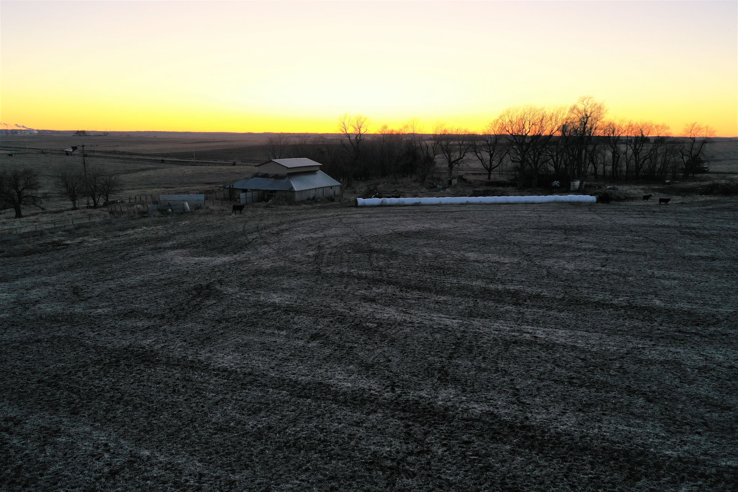 Sunset - Barn 1