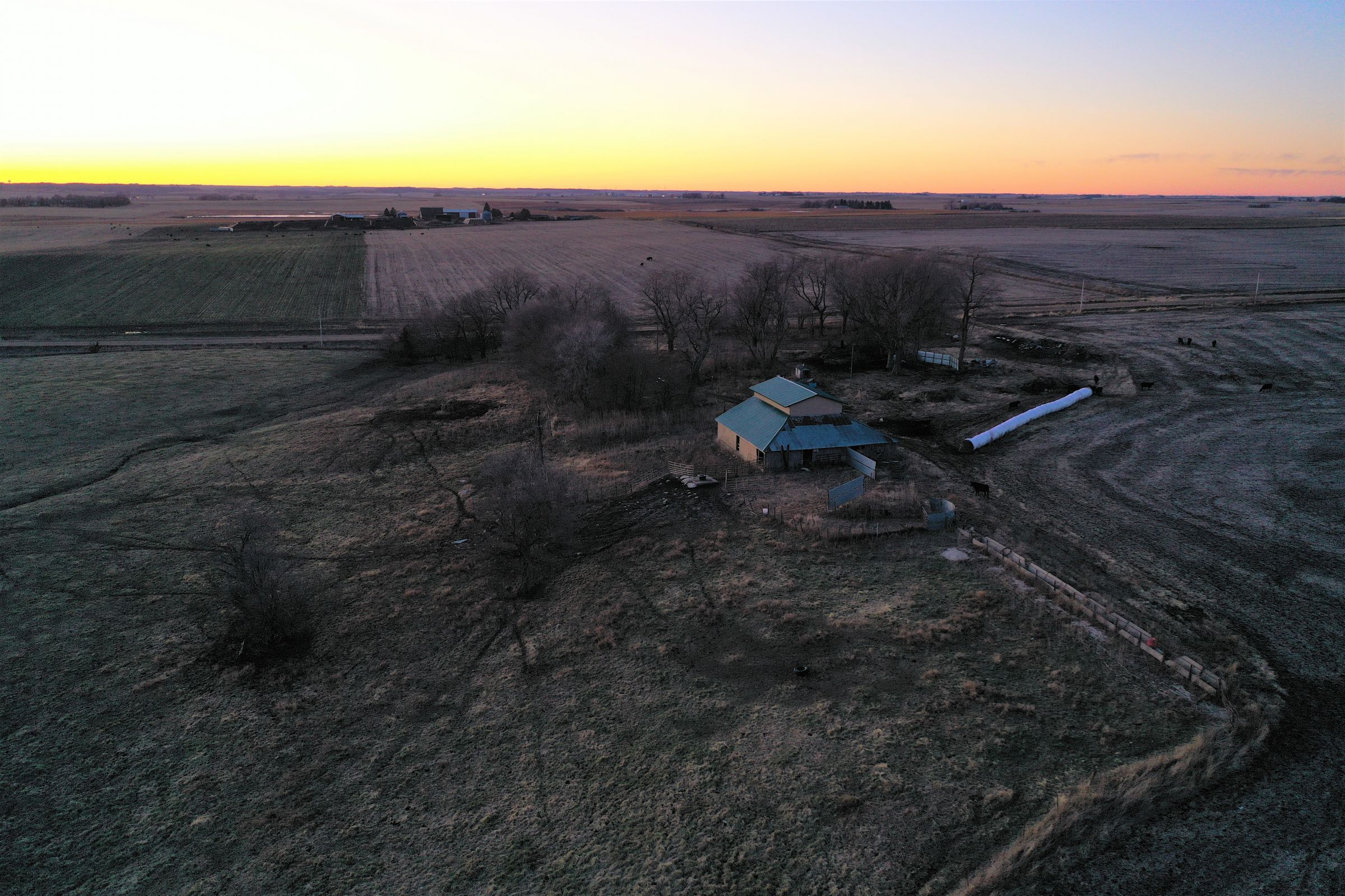 Sunset - Barn 2