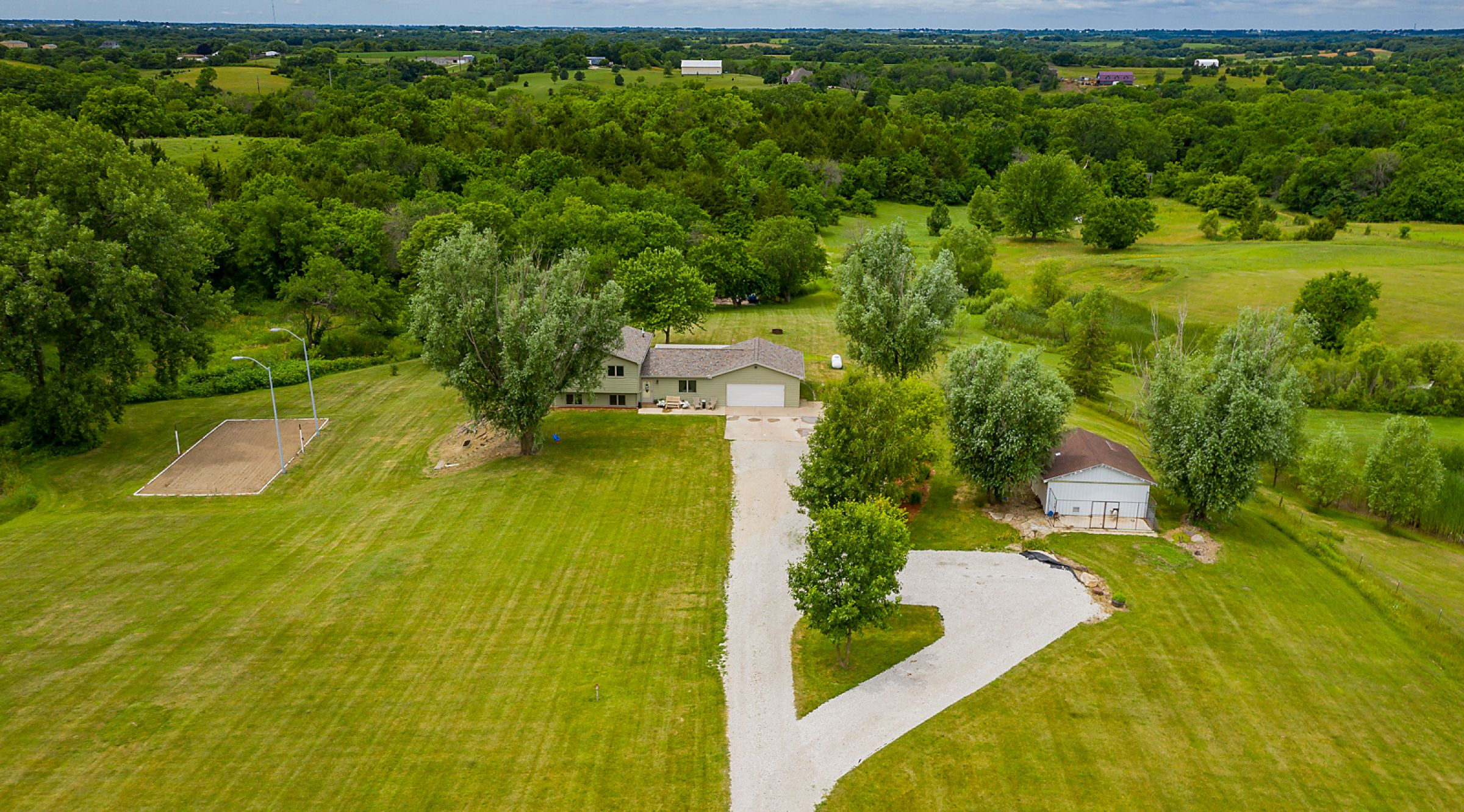 residential-warren-county-iowa-13-acres-listing-number-15056-9-2020-07-02-015921.jpg