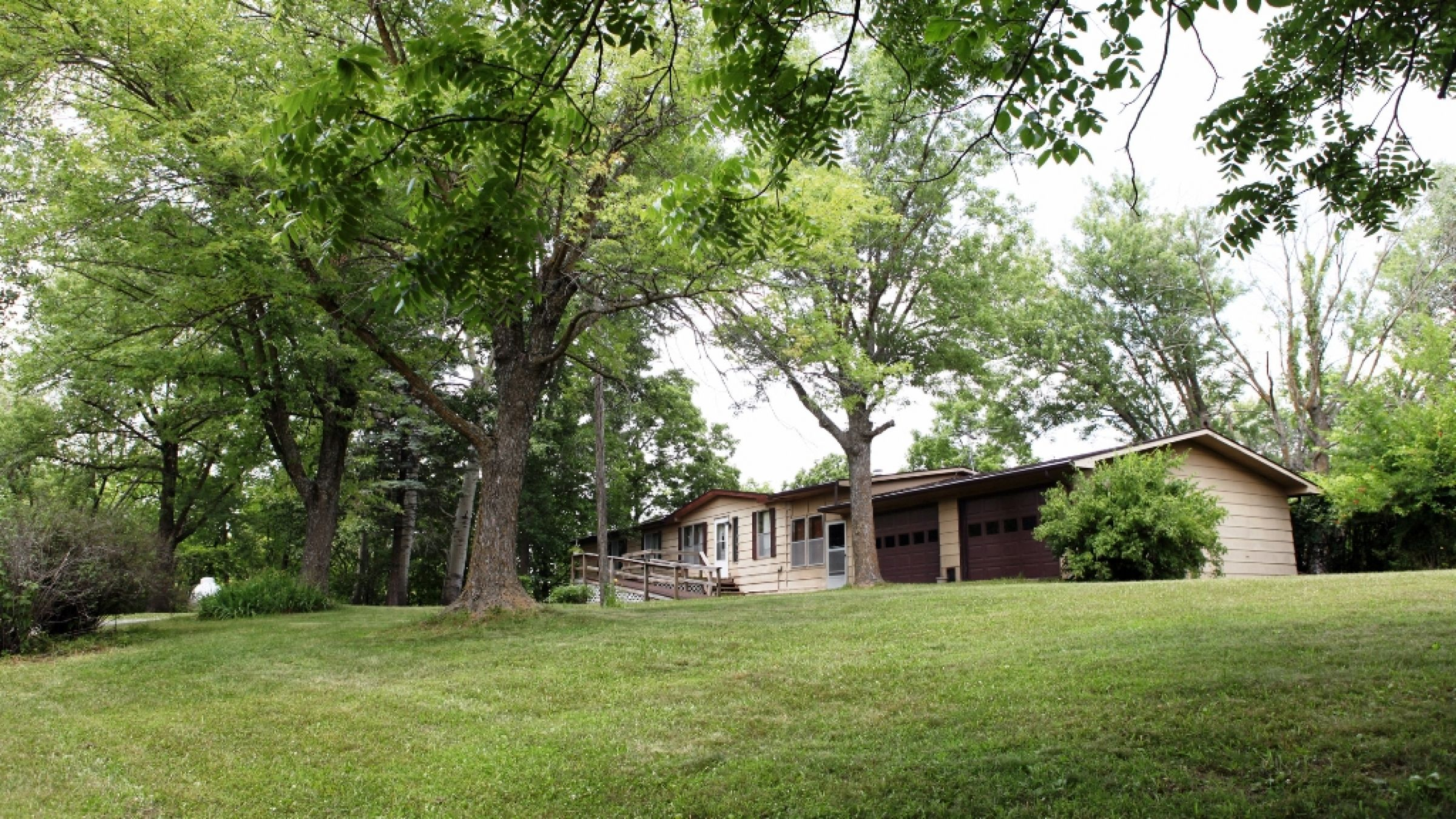 land-lucas-county-iowa-2-acres-listing-number-15061-4-2020-07-06-202352.JPG