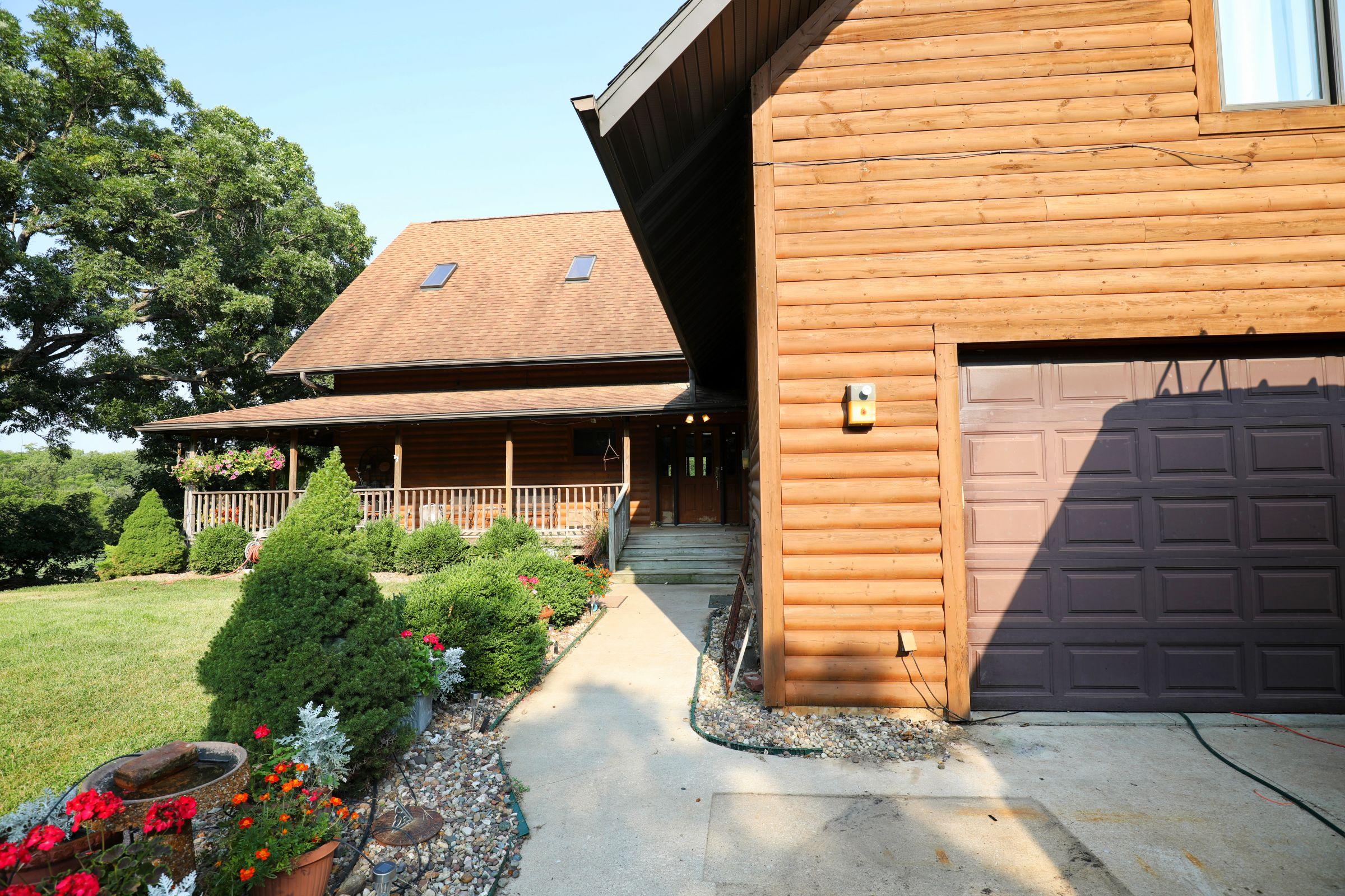 land-lee-county-iowa-328-acres-listing-number-15137-9-2020-08-27-174707.jpg