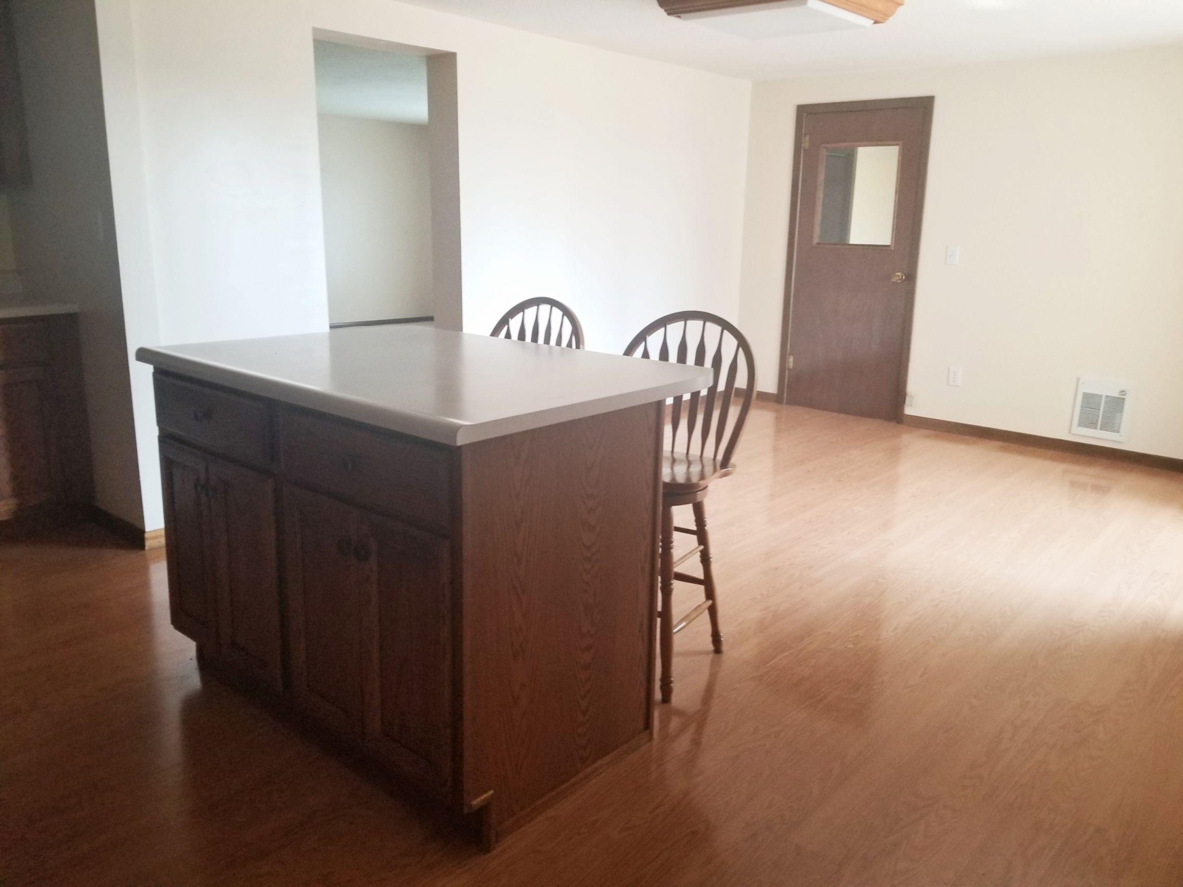 residential-land-poweshiek-county-iowa-5-acres-listing-number-15149-5-2020-08-28-200843.jpg