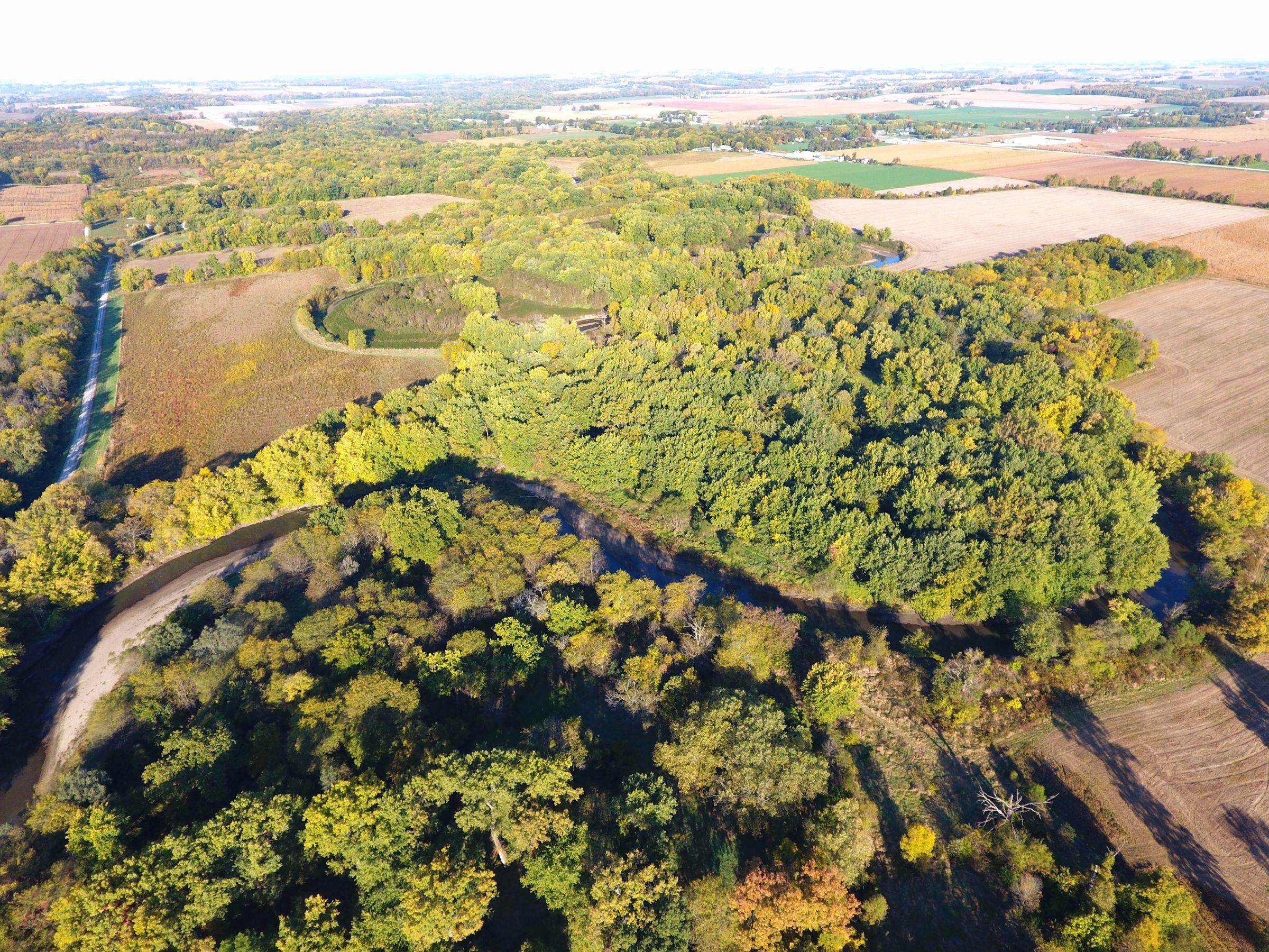 Washington County Iowa Land for sale Kalona Iowa