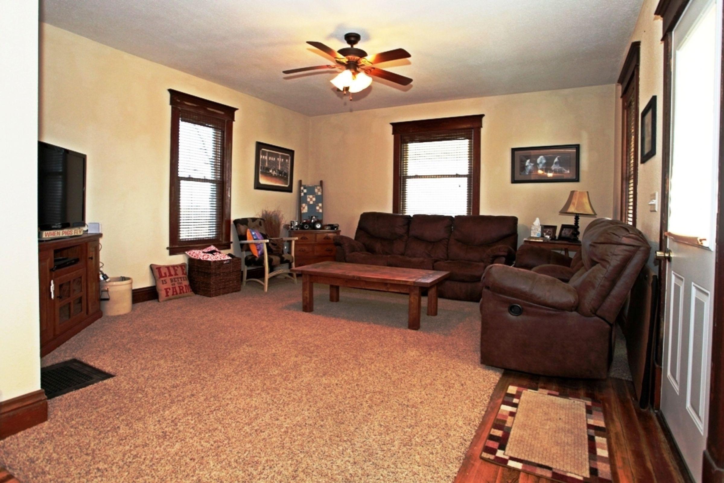 residential-wayne-county-iowa-1-acres-listing-number-15243-9-2020-11-05-200145.JPG