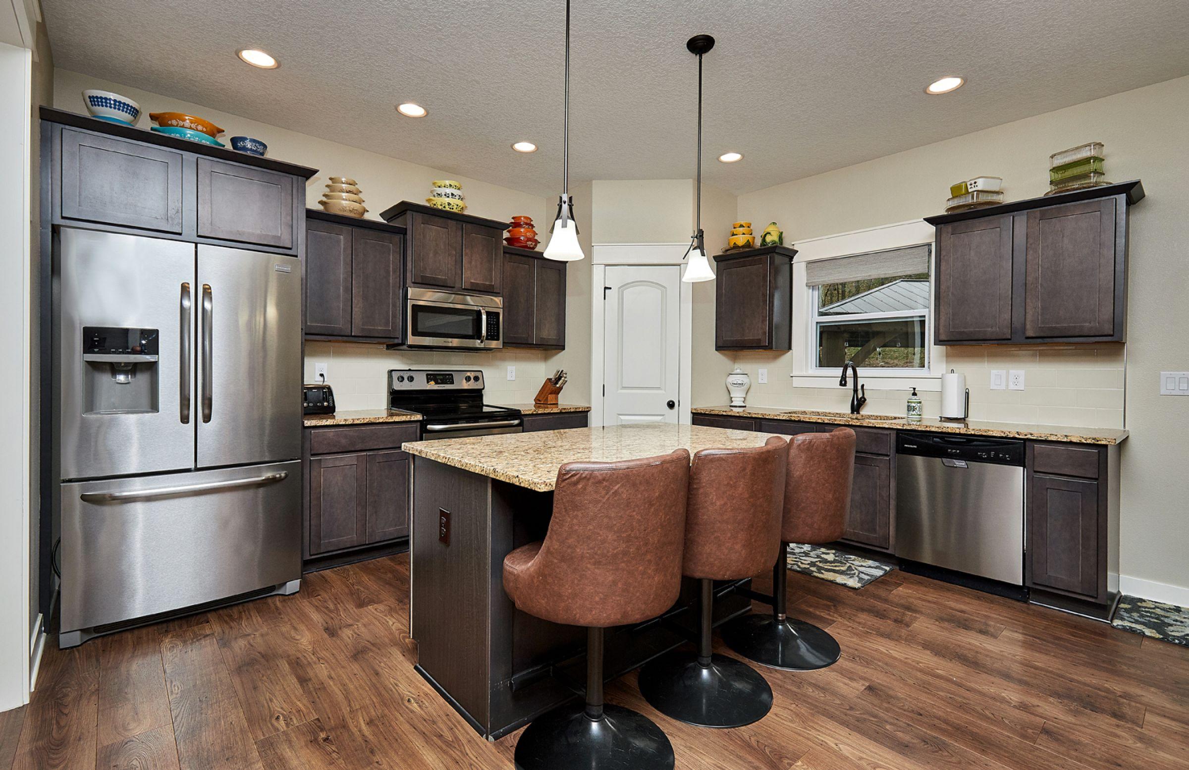 residential-warren-county-iowa-1-acres-listing-number-15254-14-2020-11-11-165825.jpg