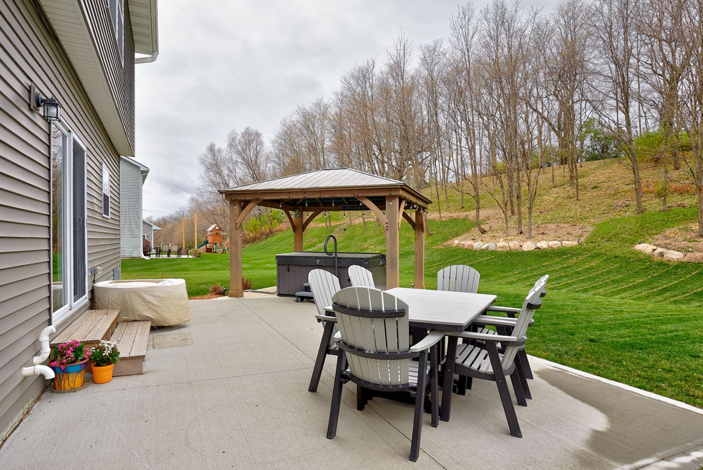 residential-warren-county-iowa-1-acres-listing-number-15254-5-2020-11-11-165806.jpg