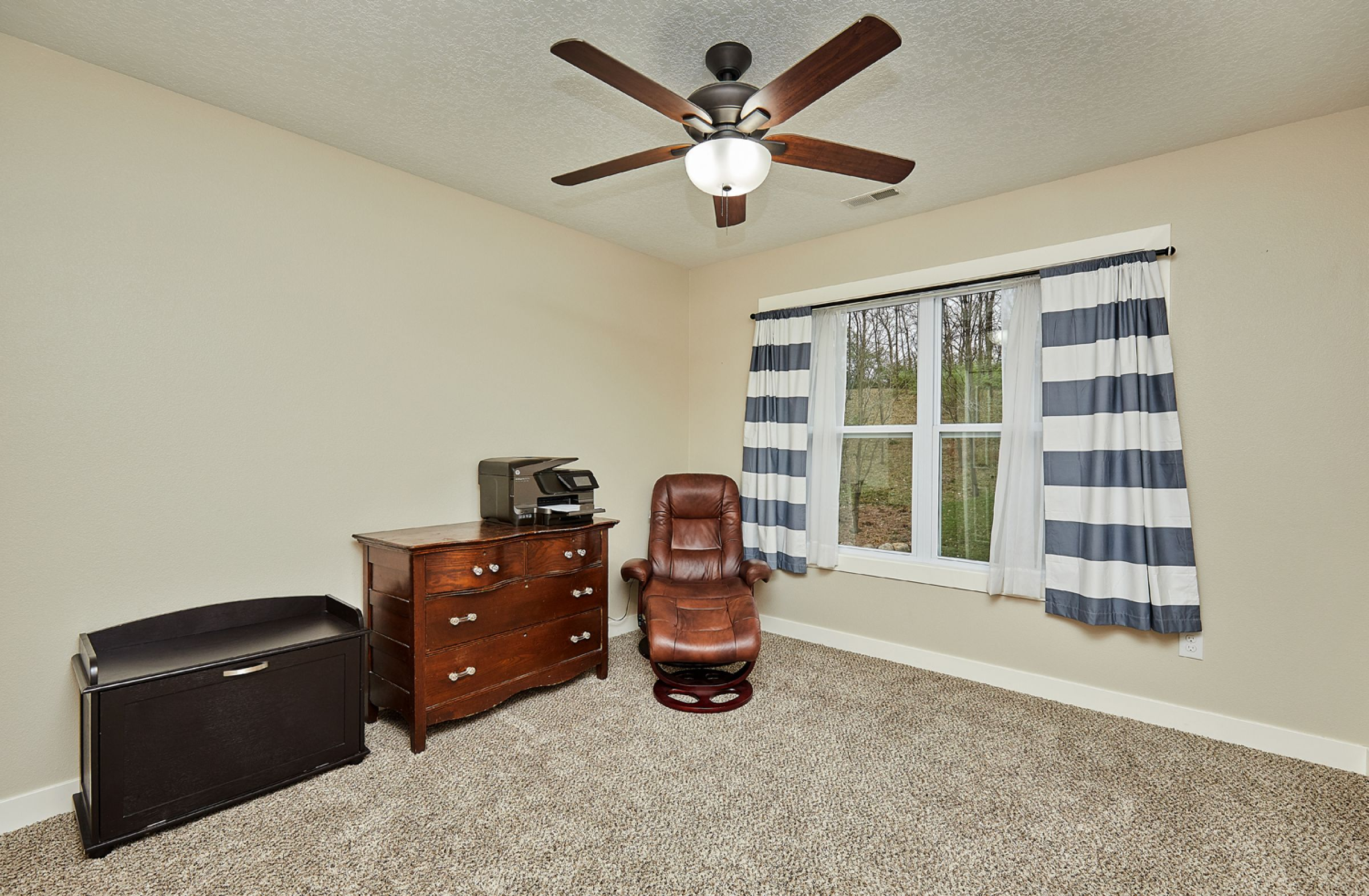 residential-warren-county-iowa-1-acres-listing-number-15254-9-2020-11-11-184122.jpg