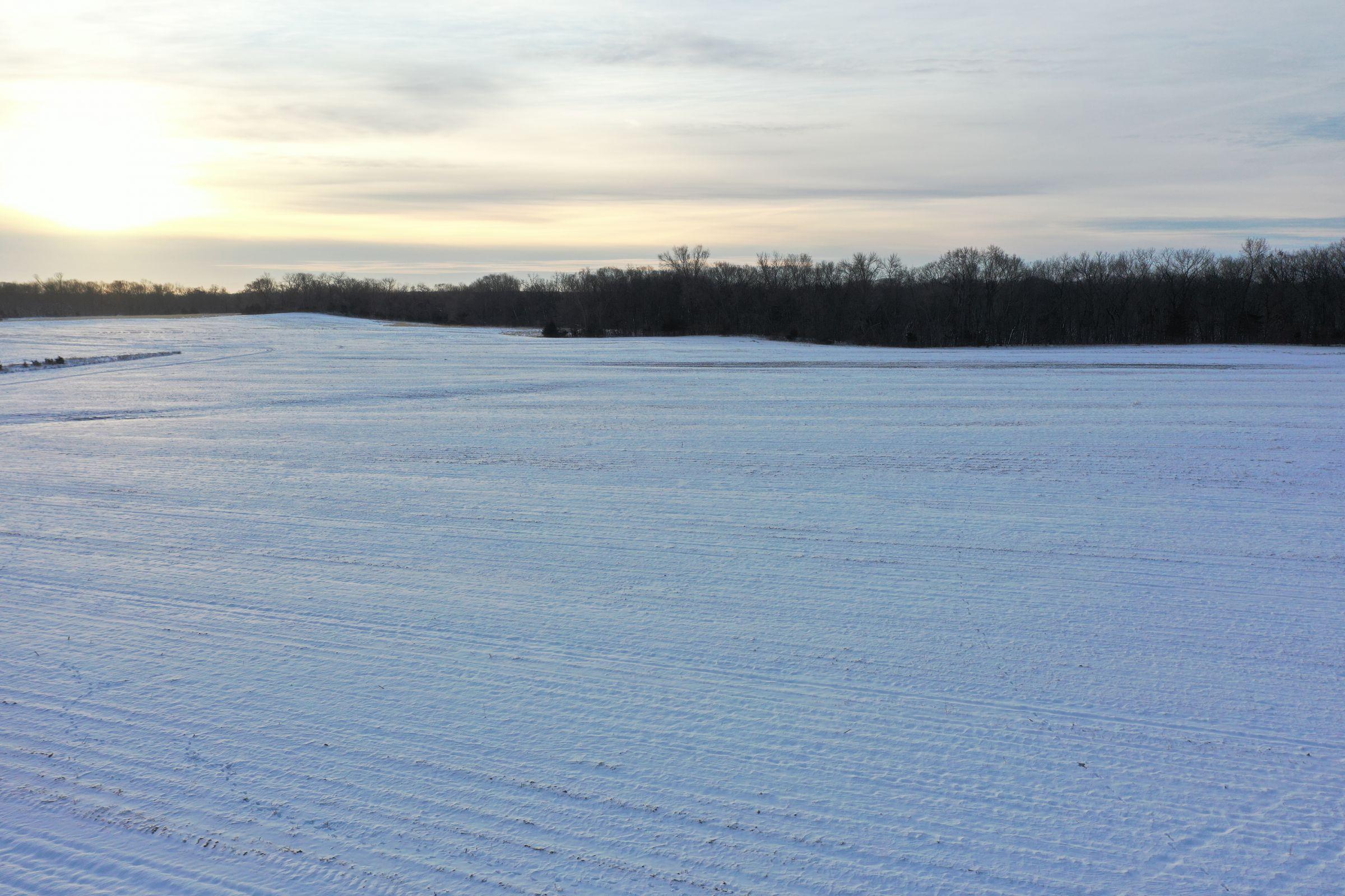 Dallas County Iowa Land and Building Site For Sale