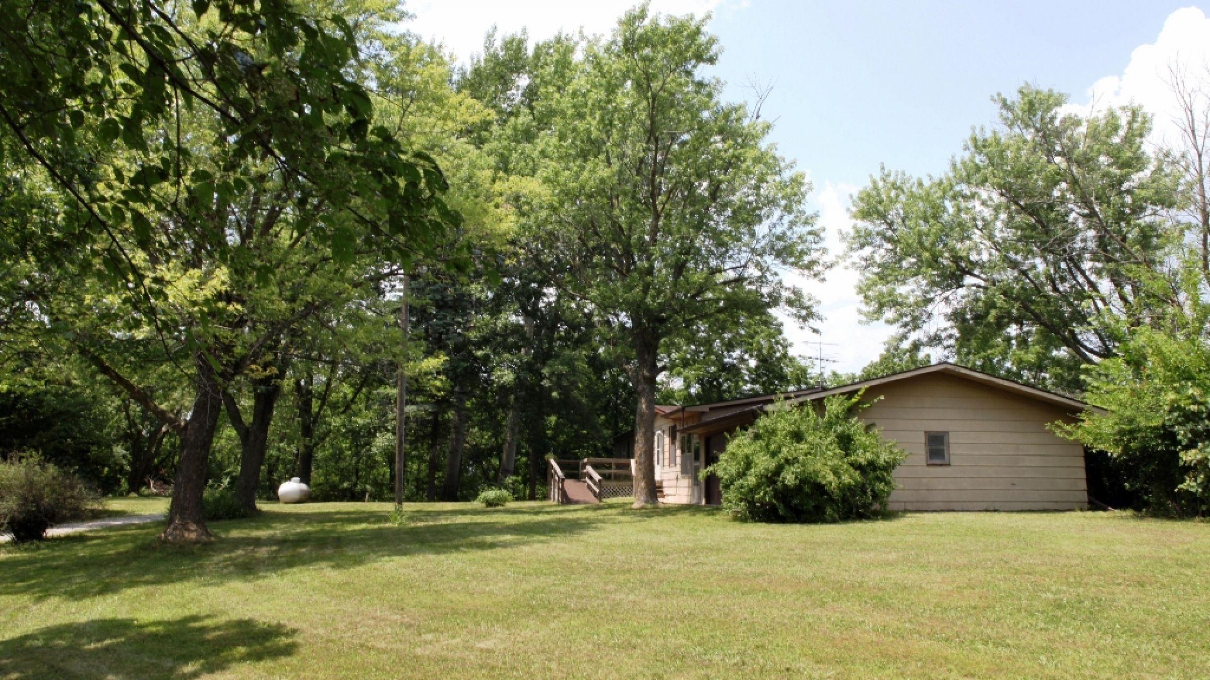 residential-lucas-county-iowa-2-acres-listing-number-15392-6-2021-03-03-215631.JPG