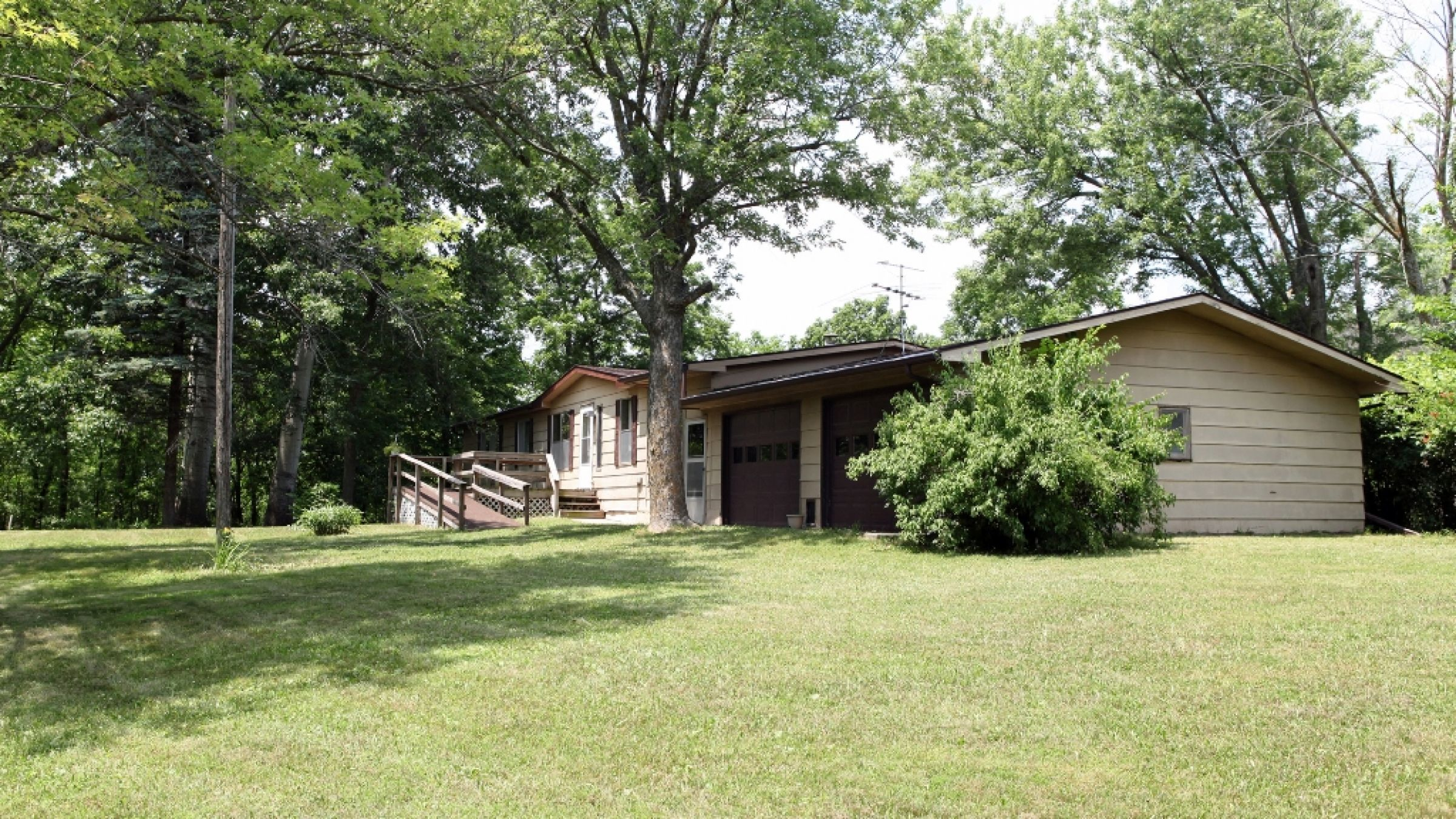 residential-lucas-county-iowa-2-acres-listing-number-15392-7-2021-03-03-215635.JPG