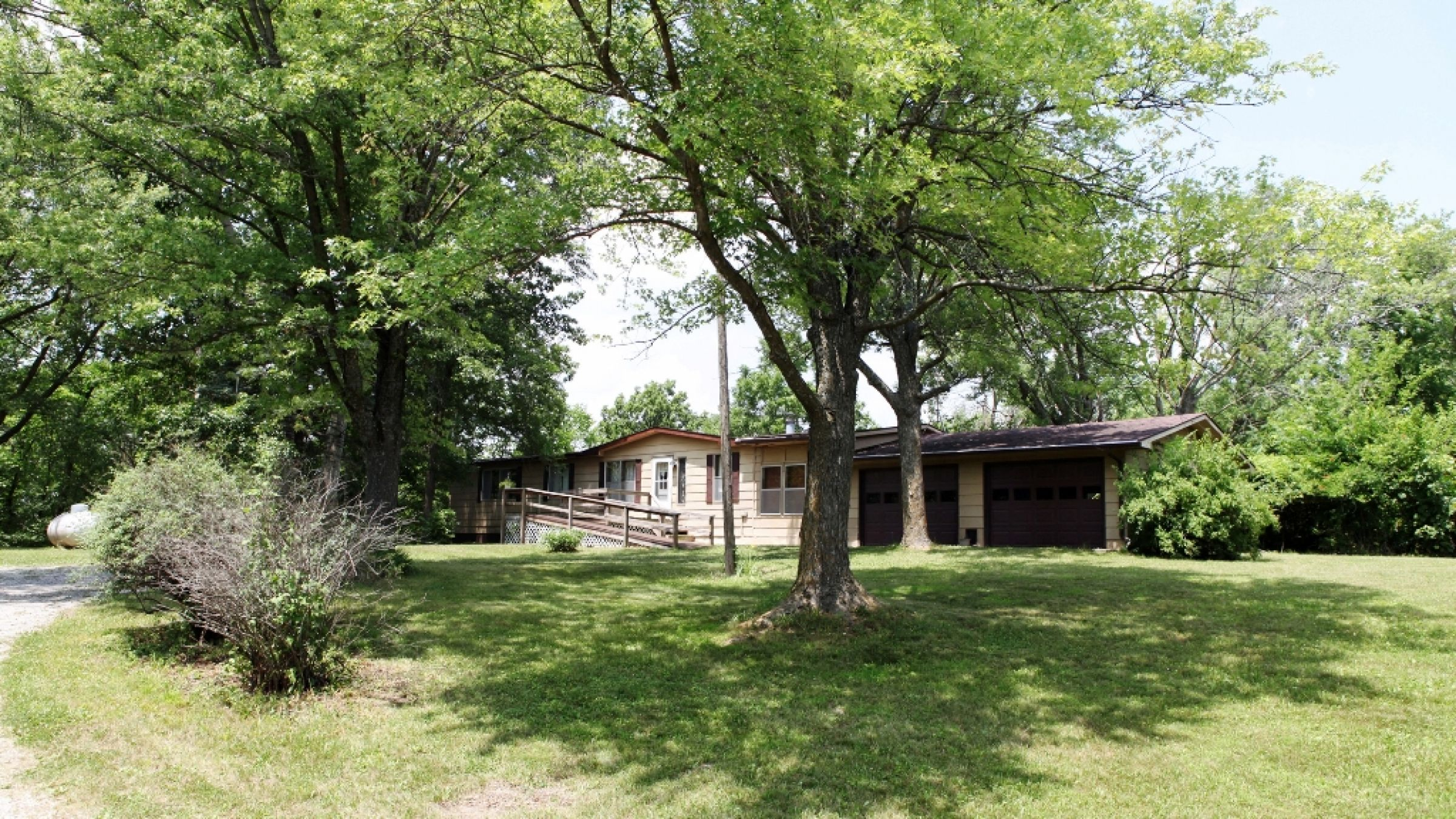 residential-lucas-county-iowa-2-acres-listing-number-15392-8-2021-03-03-215639.JPG