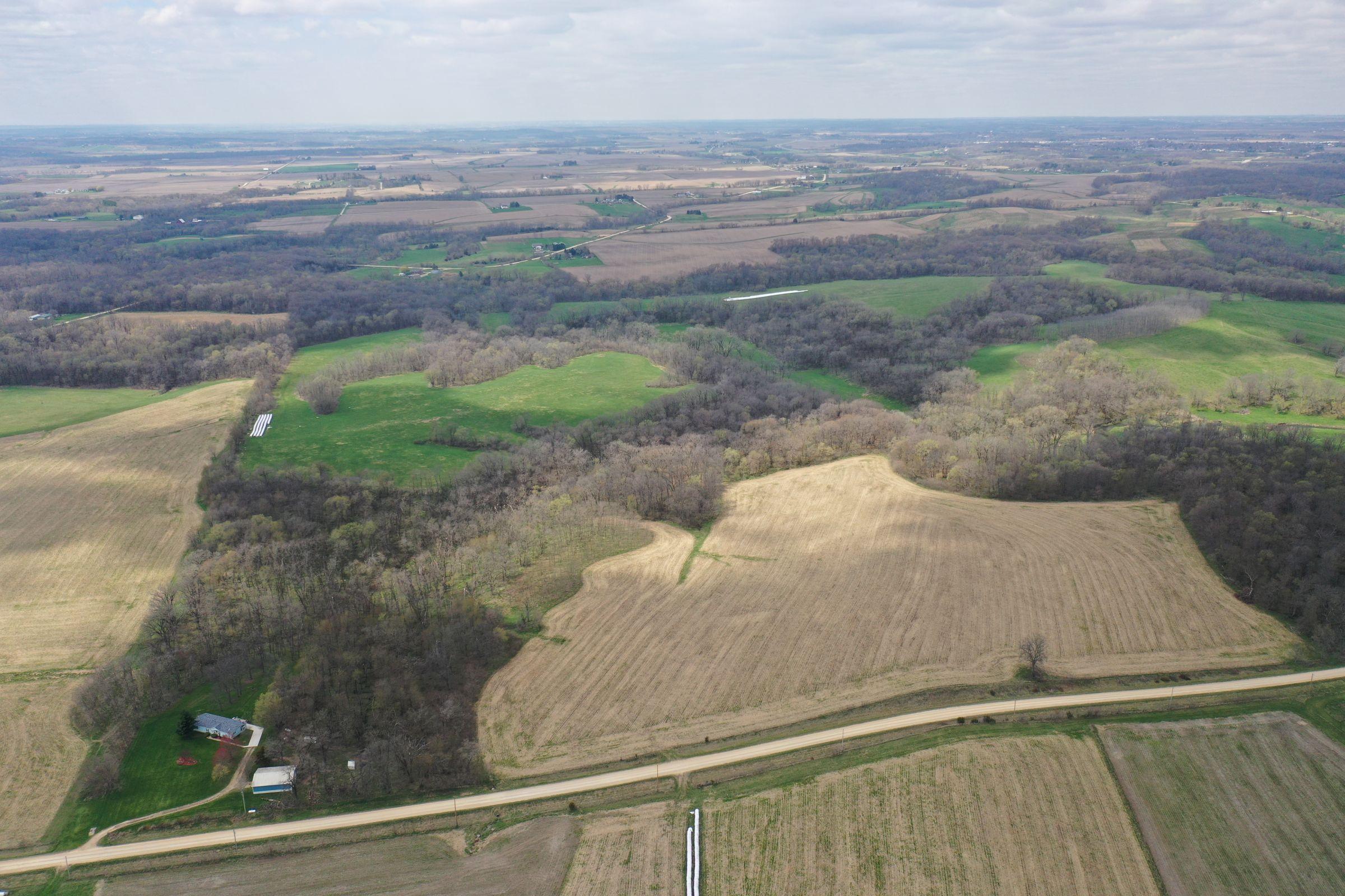 land-cedar-county-iowa-267-acres-listing-number-15472-0-2021-04-19-185923.JPG