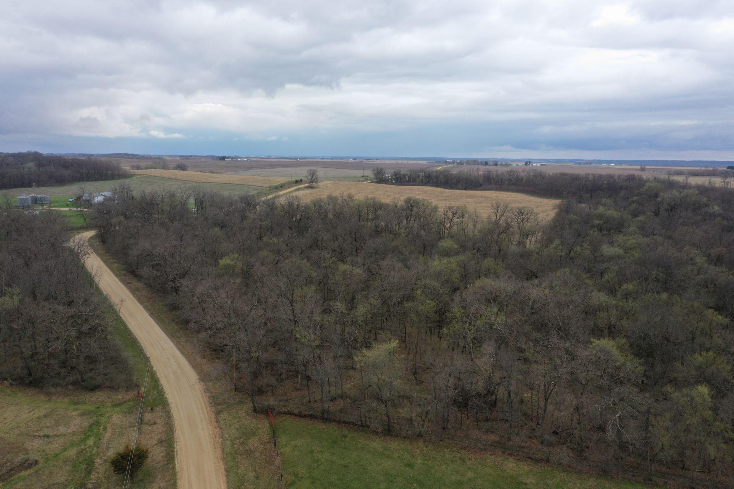 land-cedar-county-iowa-267-acres-listing-number-15472-0-2021-04-19-190817.JPG