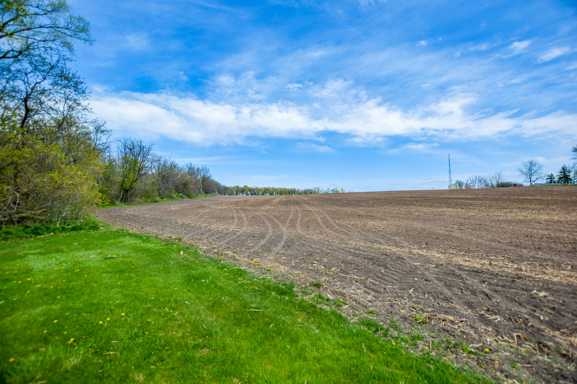 development-land-commercial-iowa-county-wisconsin-152-acres-listing-number-15474-0-2021-05-18-165925.jpg