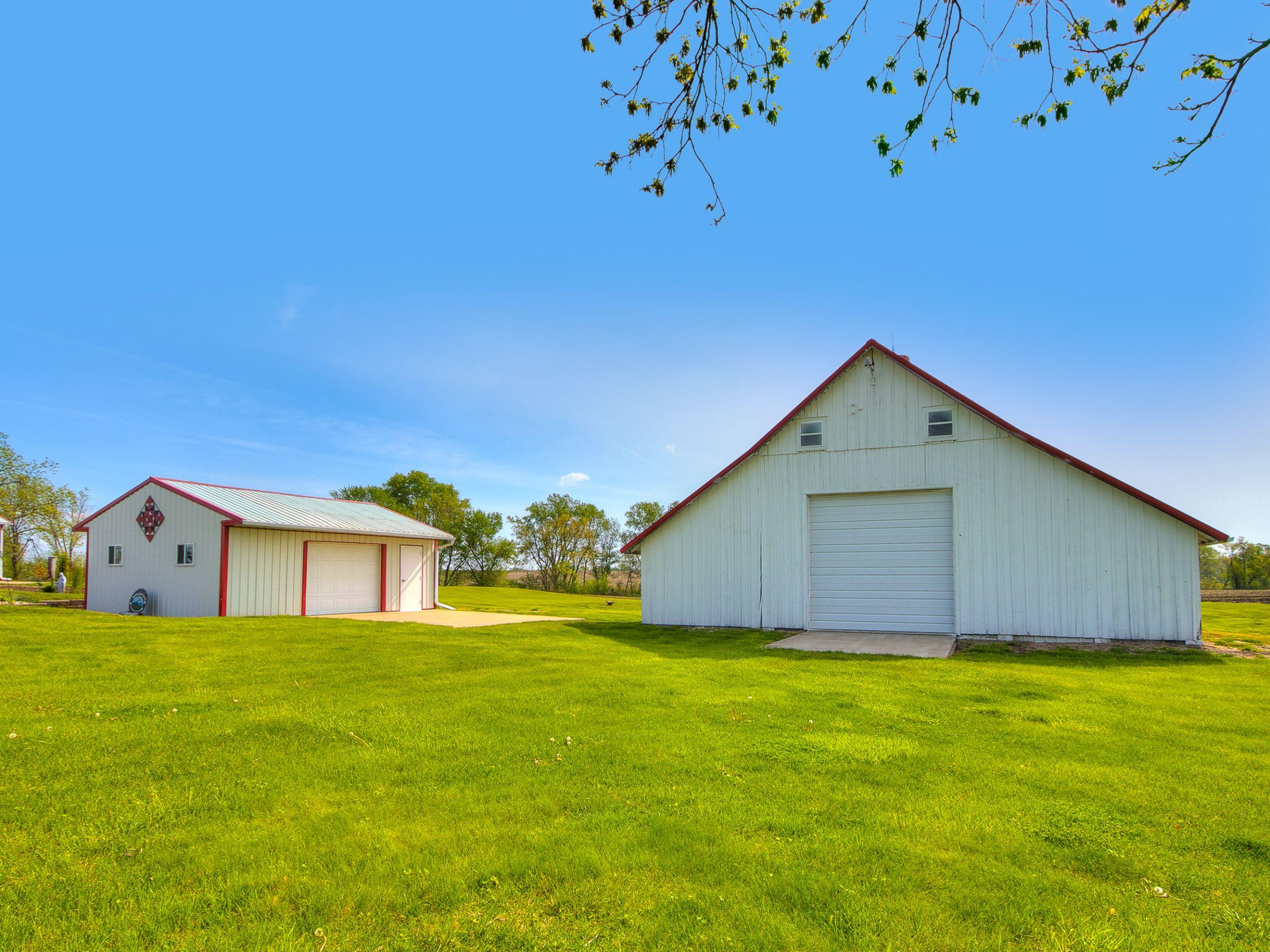 residential-warren-county-iowa-3-acres-listing-number-15516-2-2021-05-12-144747.jpg