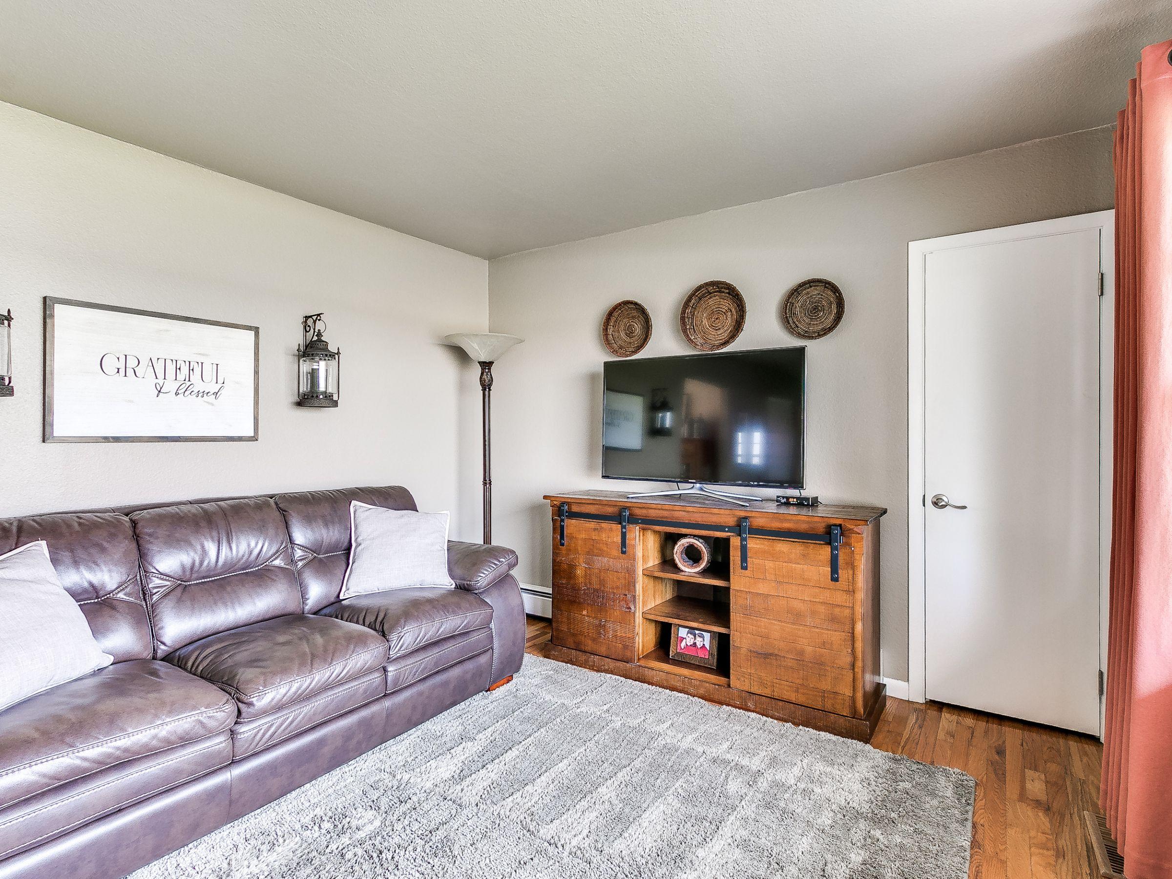 residential-warren-county-iowa-3-acres-listing-number-15516-3-2021-05-12-144930.jpg