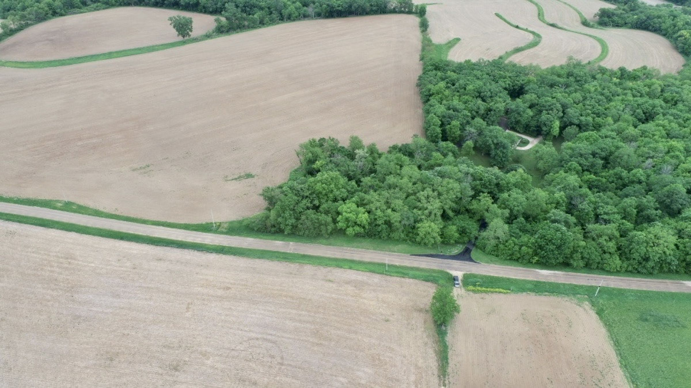 land-lafayette-county-wisconsin-1-acres-listing-number-15559-0-2021-05-28-184444.jpg
