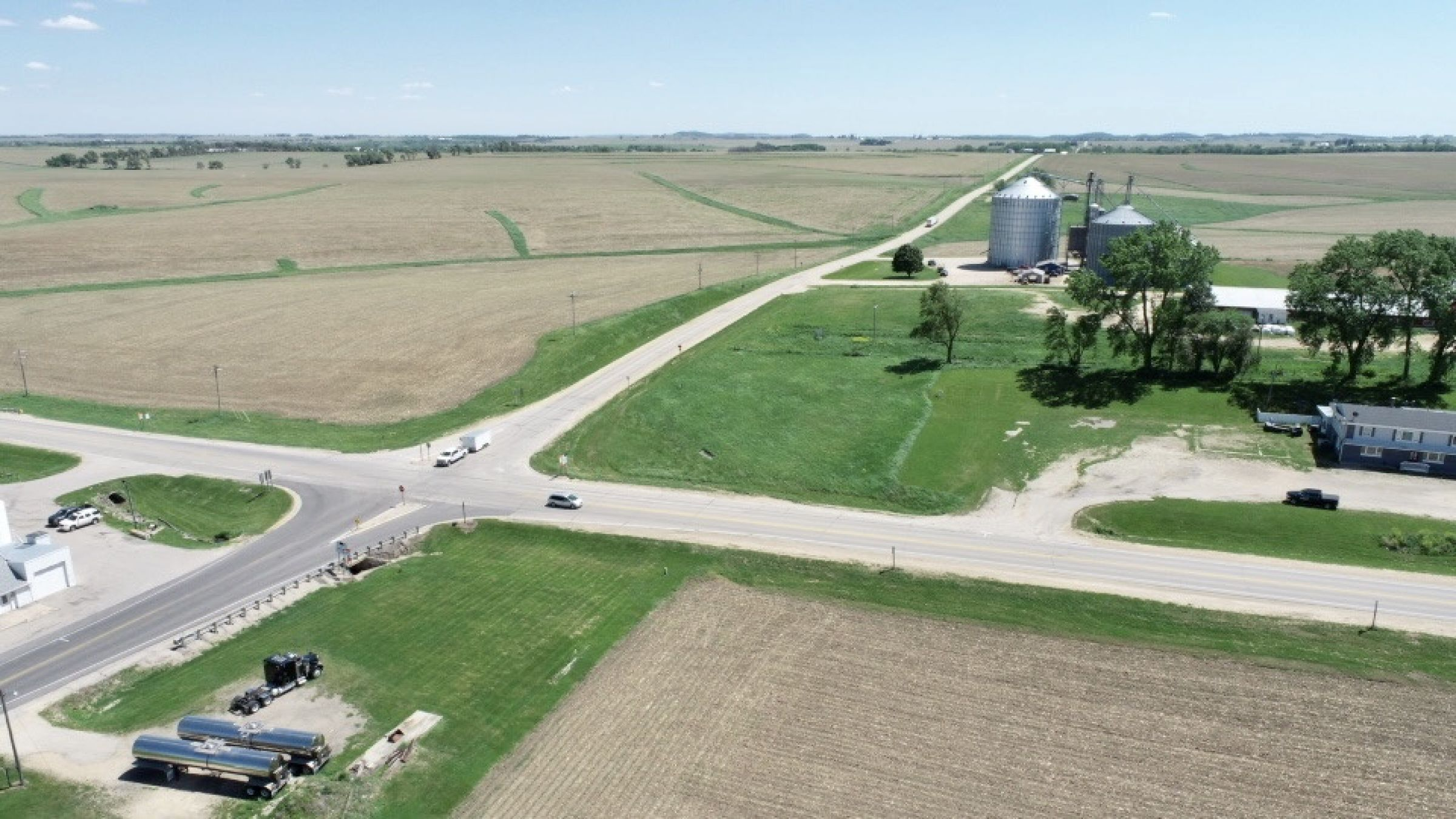 land-commercial-lafayette-county-wisconsin-1-acres-listing-number-15560-2-2021-05-28-185522.jpg