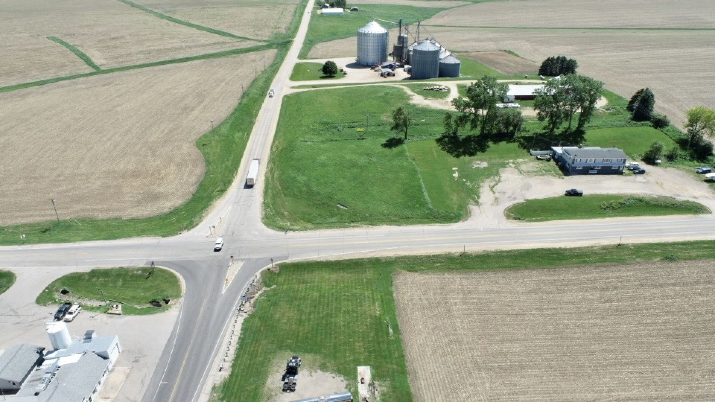 land-commercial-lafayette-county-wisconsin-1-acres-listing-number-15560-4-2021-05-28-185523.jpg
