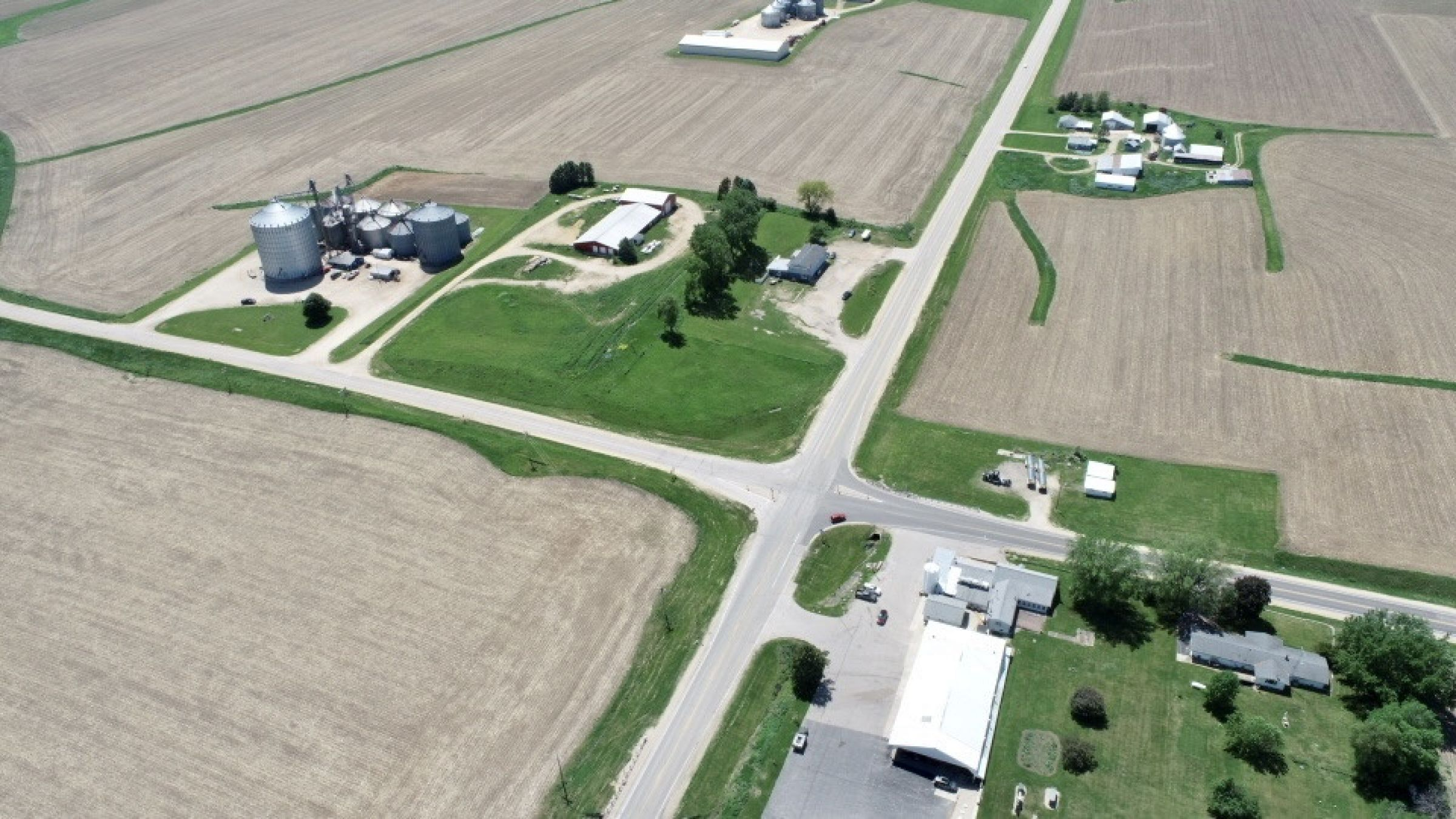 land-commercial-lafayette-county-wisconsin-1-acres-listing-number-15560-6-2021-05-28-185524.jpg