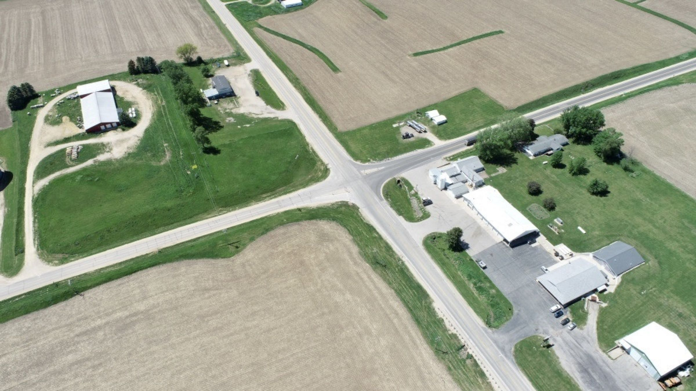 land-commercial-lafayette-county-wisconsin-1-acres-listing-number-15560-7-2021-05-28-185524.jpg