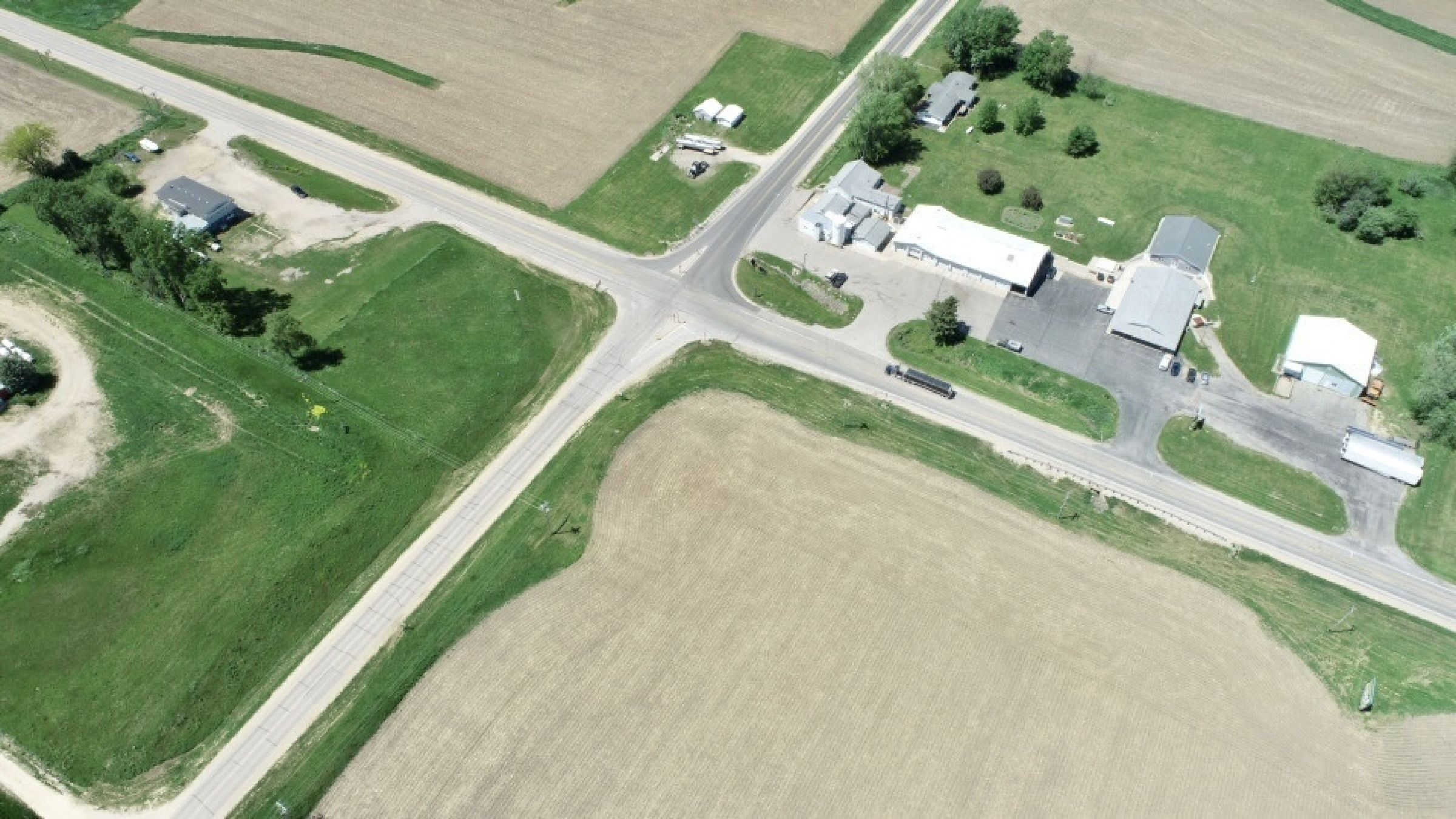 land-commercial-lafayette-county-wisconsin-1-acres-listing-number-15560-8-2021-05-28-185524.jpg