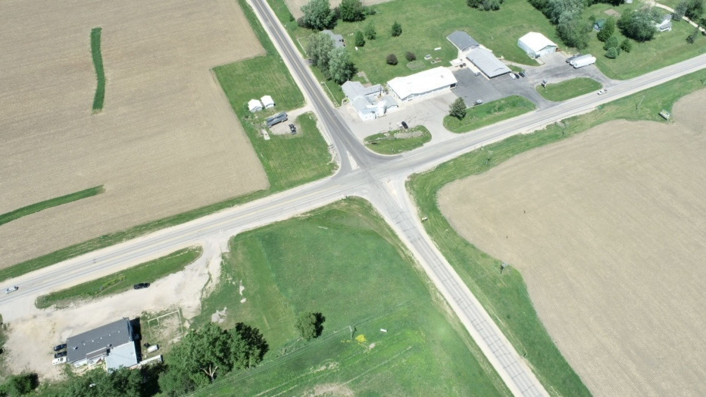 land-commercial-lafayette-county-wisconsin-1-acres-listing-number-15560-9-2021-05-28-185525.jpg