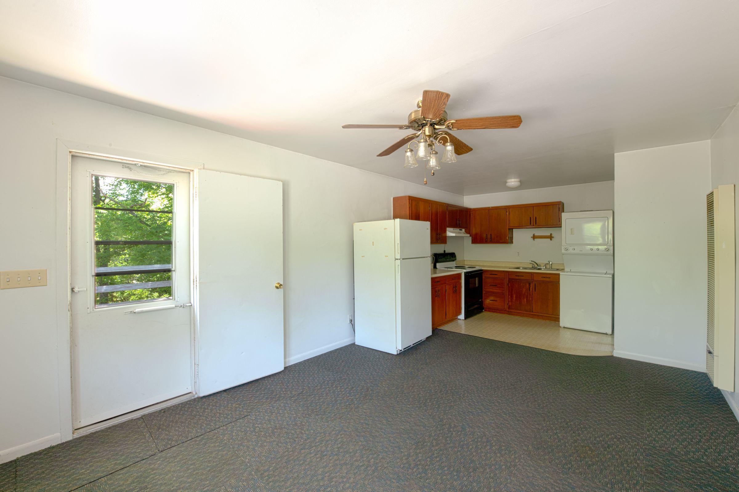 residential-warren-county-iowa-2-acres-listing-number-15576-0-2021-06-11-201639.jpg