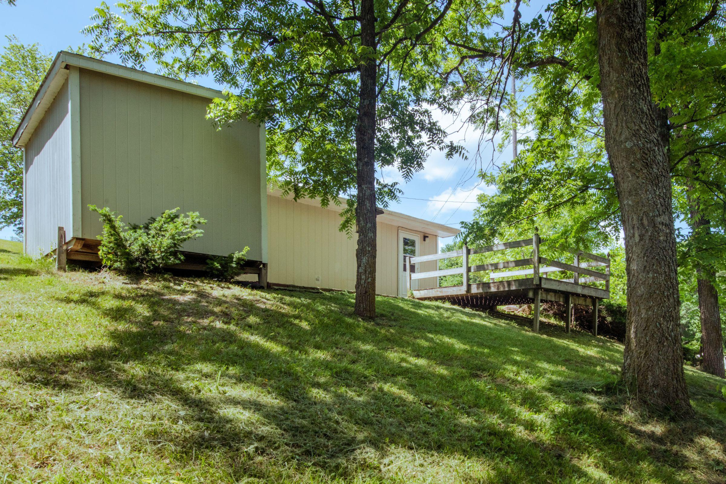 residential-warren-county-iowa-2-acres-listing-number-15576-3-2021-06-11-201320.jpg