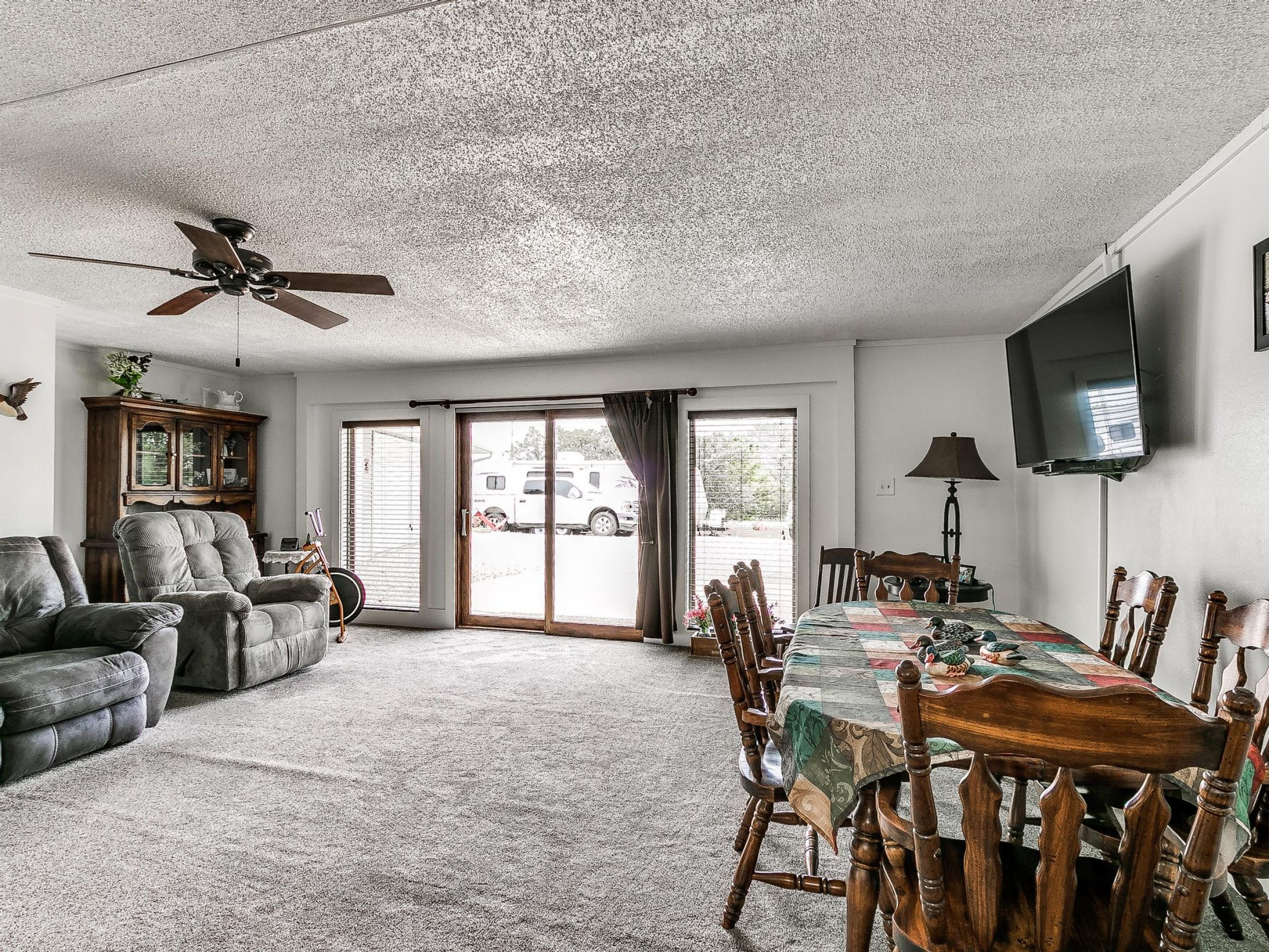 residential-warren-county-iowa-3-acres-listing-number-15593-0-2021-06-18-155138.jpg