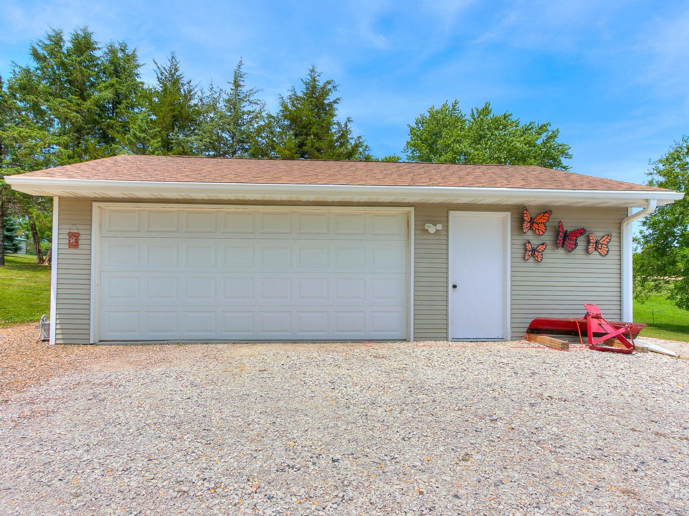 residential-warren-county-iowa-3-acres-listing-number-15593-2-2021-06-18-154728.jpg