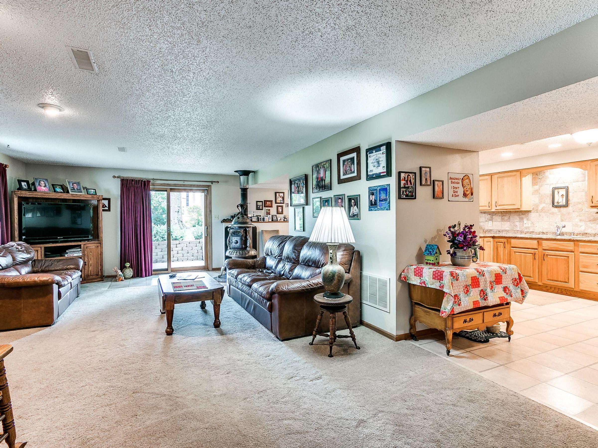 residential-warren-county-iowa-3-acres-listing-number-15593-2-2021-06-18-155611.jpg