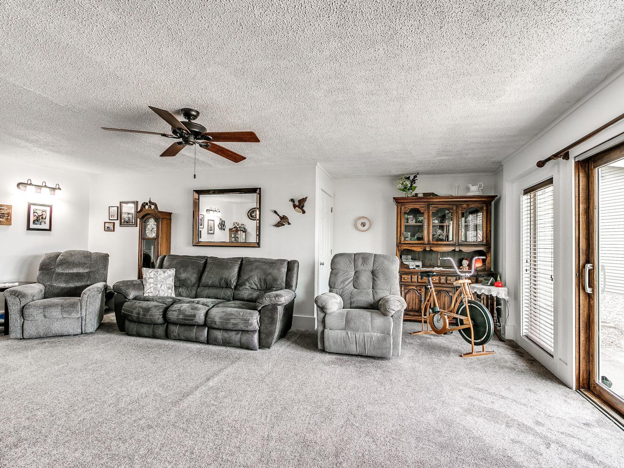 residential-warren-county-iowa-3-acres-listing-number-15593-4-2021-06-18-154729.jpg
