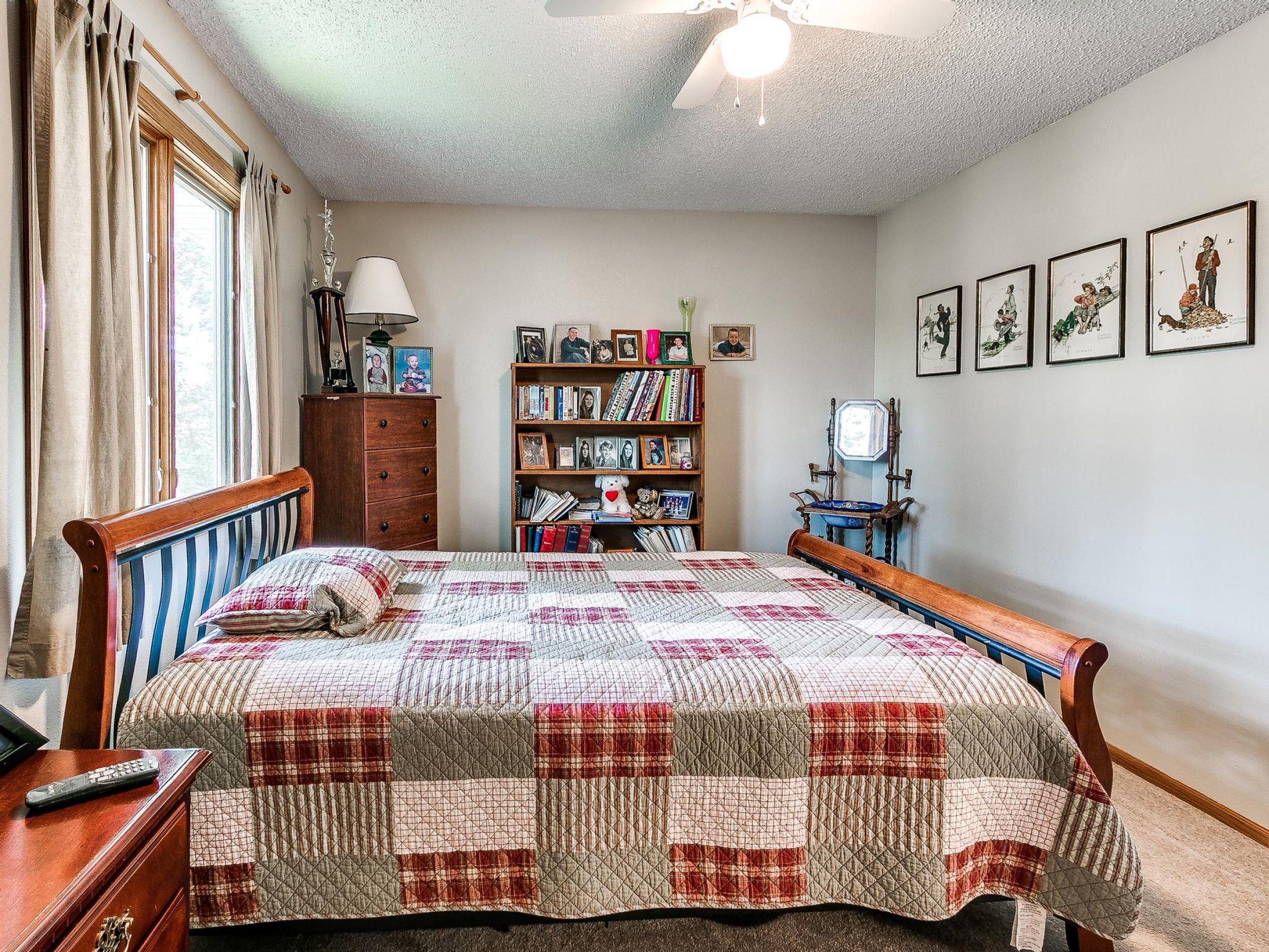 residential-warren-county-iowa-3-acres-listing-number-15593-4-2021-06-18-155758.jpg