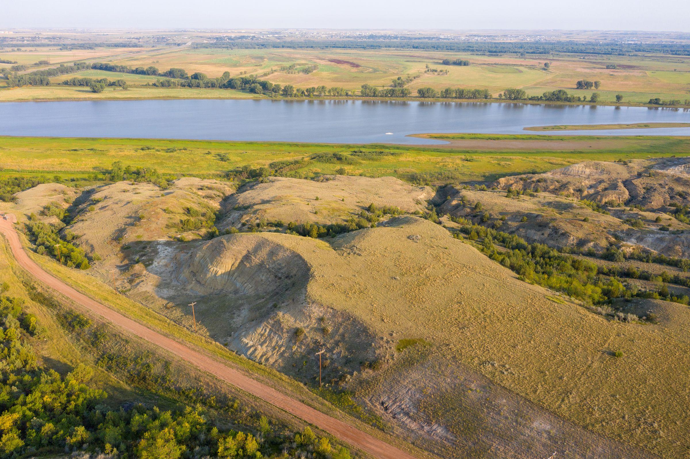 auctions-land-mckenzie-county-north-dakota-270-acres-listing-number-15735-0-2021-09-10-124711.jpeg