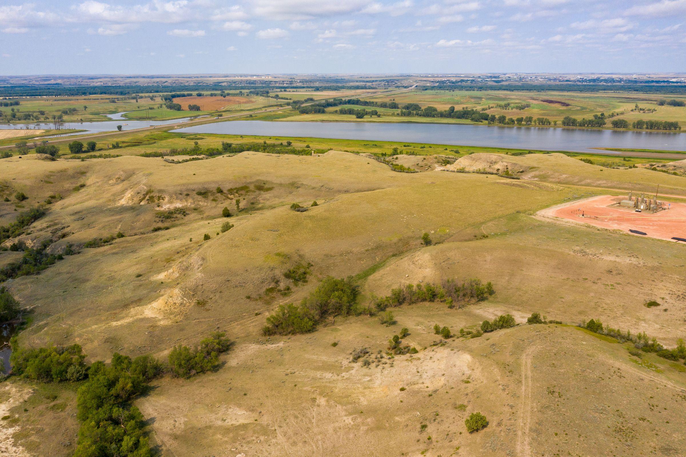 auctions-land-mckenzie-county-north-dakota-270-acres-listing-number-15735-2-2021-09-10-135954.jpeg