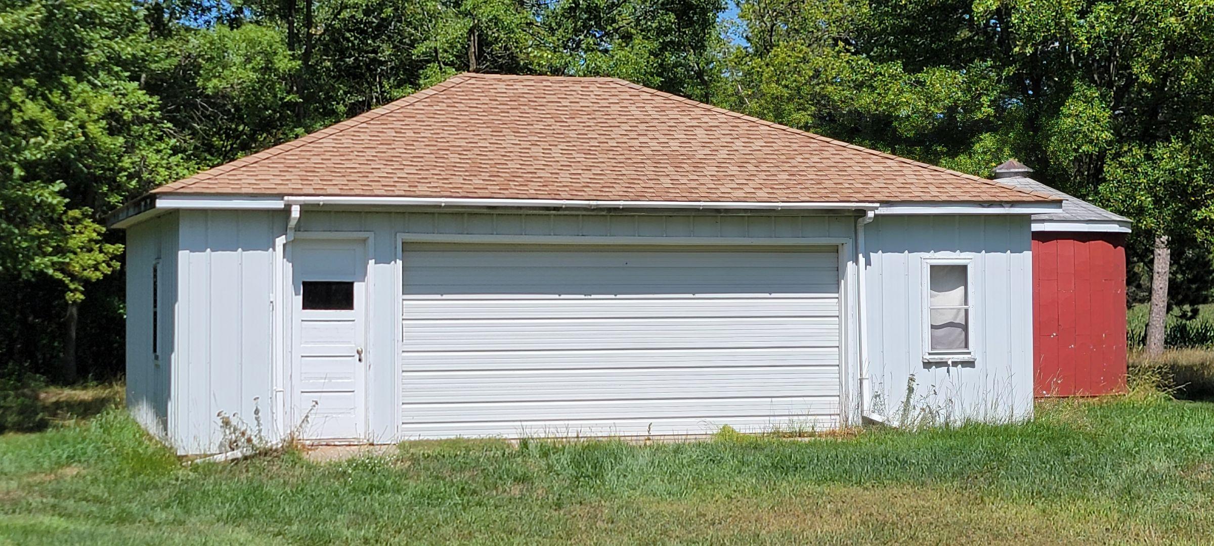 30' x 24' garage