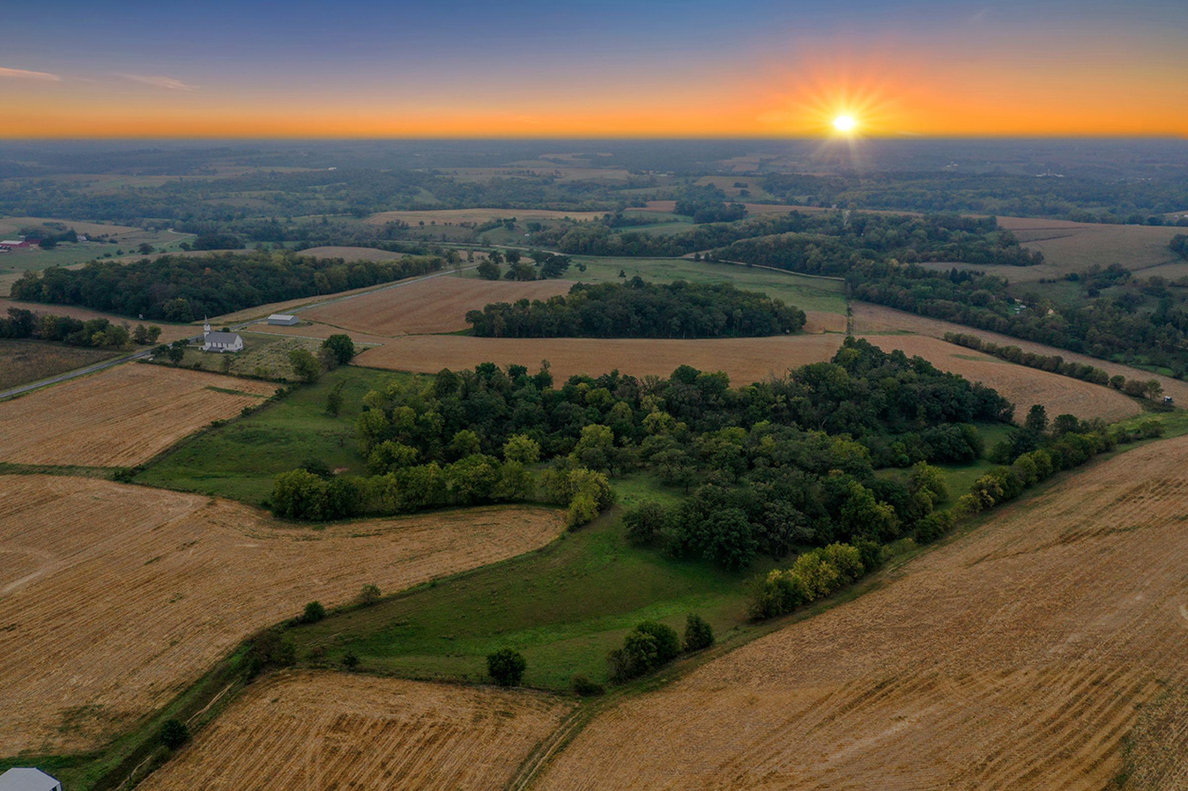 2-apple-grove-church-road-argyle-53504-1-2021-09-21-153050.jpg