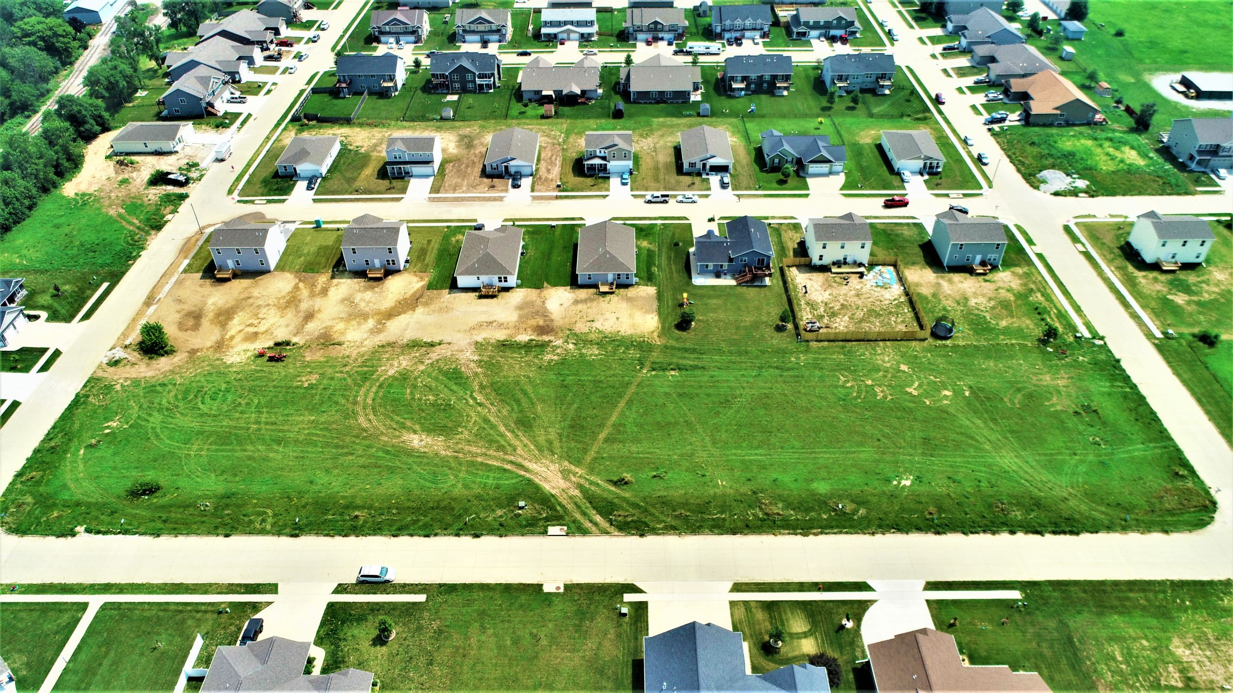 development-land-johnson-county-iowa-0-acres-listing-number-15760-11-2021-09-21-193117.JPG